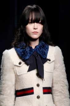 Gucci navy bow