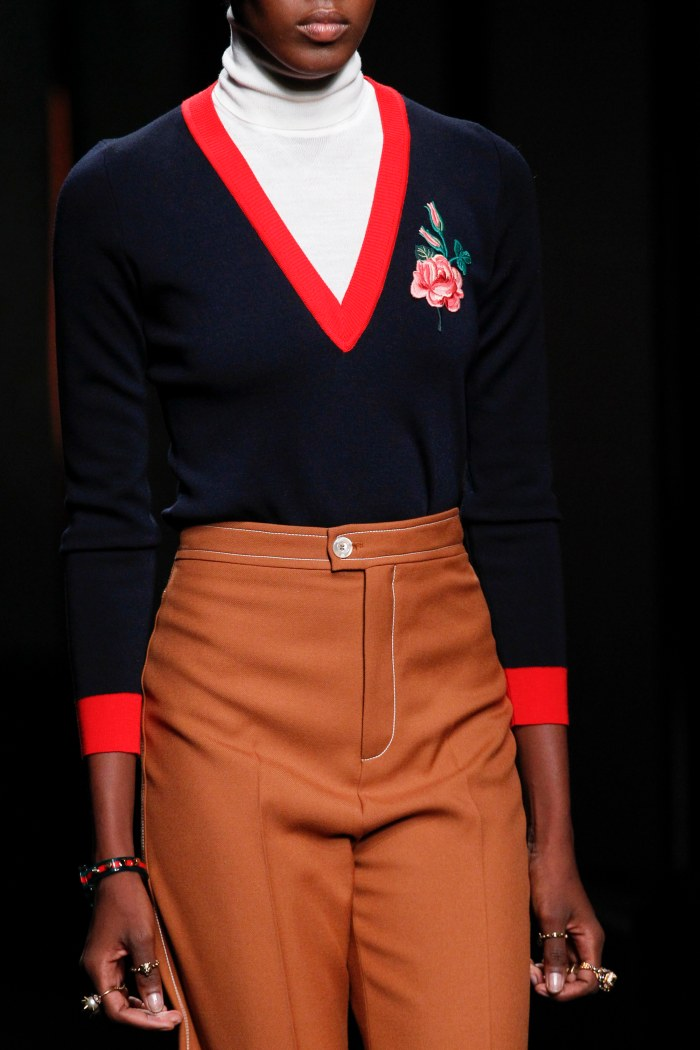 gucci red trim