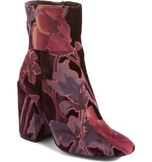 velvet- boot1