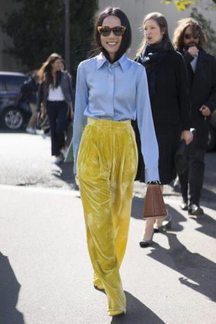yellow-velvet-pants-pfw-ss-2017-street-style-ps-640x960