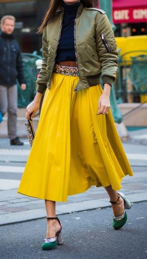 yellow_skirt
